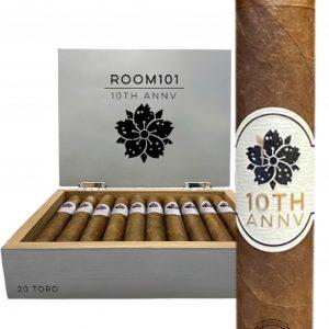 Room 101 10th Anniversary Toro 6×50